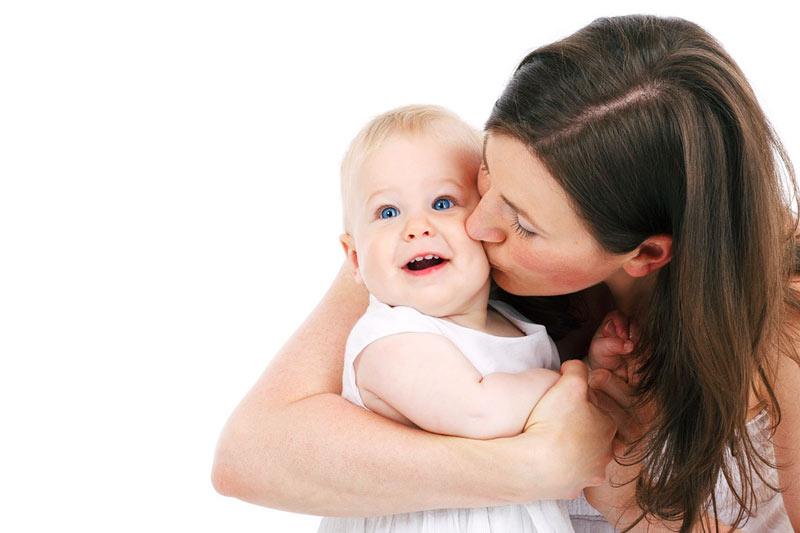 Что делать, если сильно выпадают волосы после родов