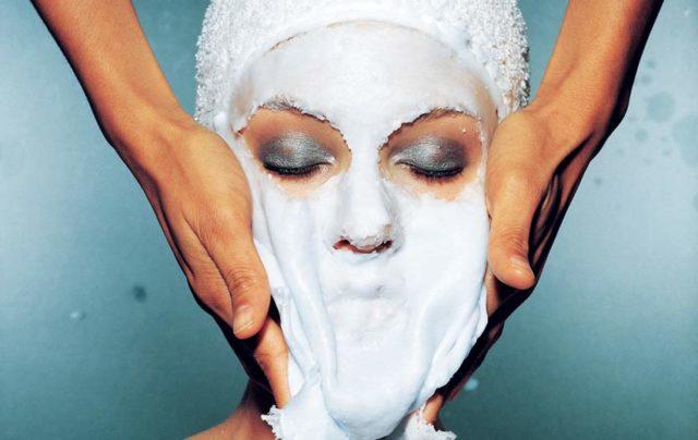 Как готовится парафиновая маска для лица в домашних условиях