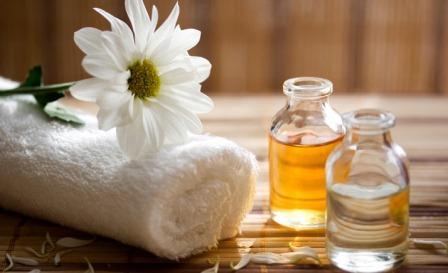 Для ухода за волосами можно использовать эфирные масла