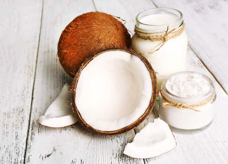 Как использовать кокосовое масло для волос в домашних условиях?