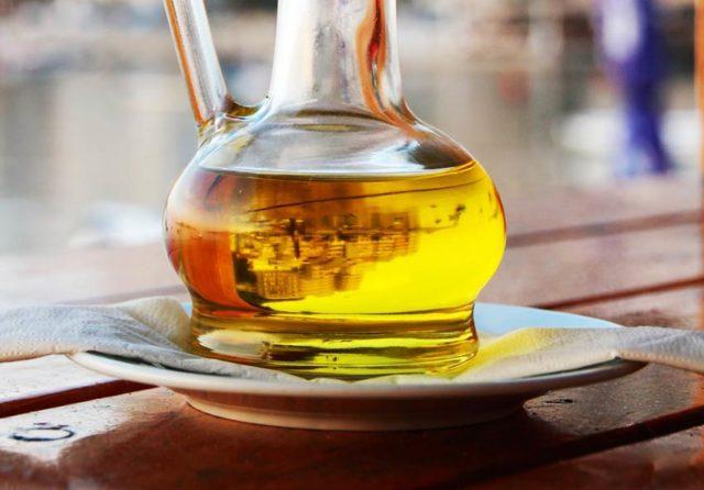 Как применять оливковое масло для волос, отзывы о рецептах для роста и против выпадения?