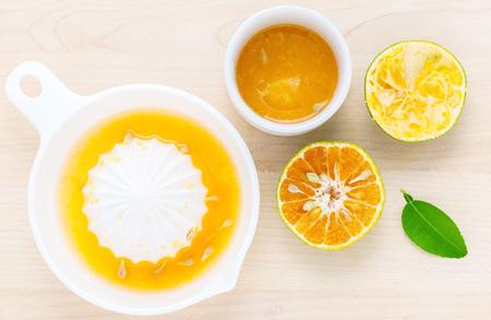 Маска с лимонным соком и маслом оливы