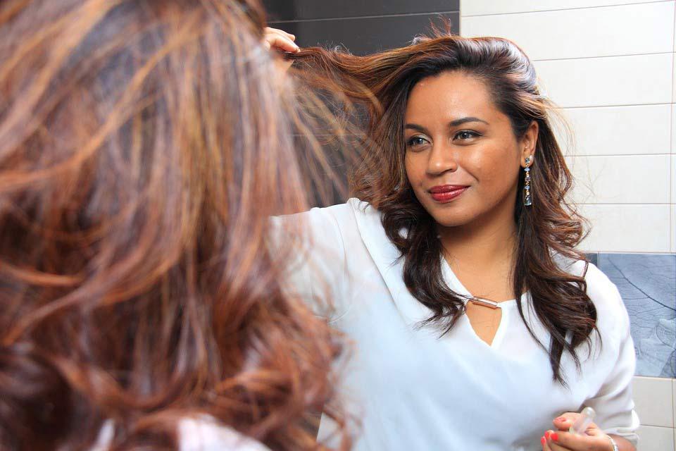 Преимущества лечения волос в домашних условиях
