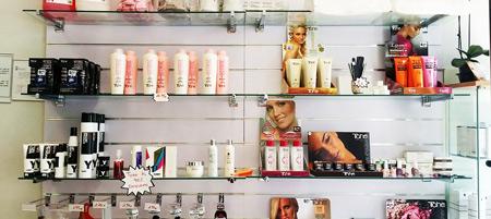 Преимущества использования косметических препаратов для лечения волос от выпадения
