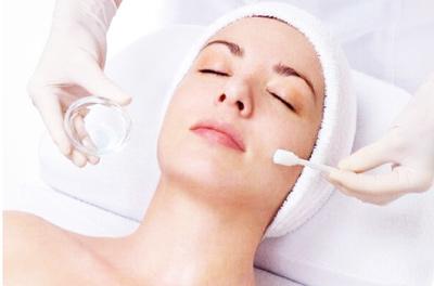 Как избавиться от пигментных пятен на лице быстро и навсегда