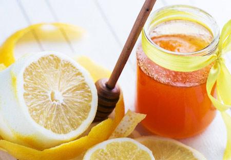 Маска на крахмале с добавлением мёда и лимона