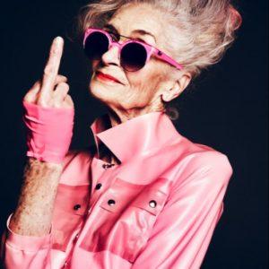 Фото: Прически для женщин за 50
