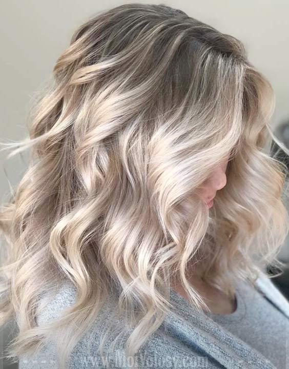 Фото: Окрашивание балаяж на средние волосы